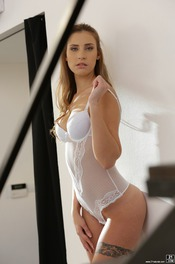 Beautiful Lulu Love Is Posing In Sexy White Bodysuit 09