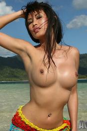 Davon Kim Posing On Beach 06
