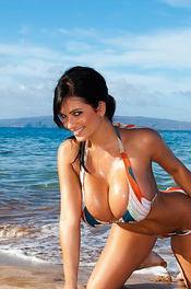 Denise Busty Beach Babe 03