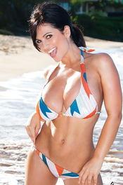 Denise Busty Beach Babe 14