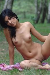 Adrienne Deseo Carnal 00