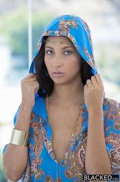 Rich Arab Girl Loves Black Cock 01