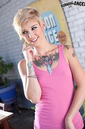 Skinny Tattooed Blonde Kleio 01