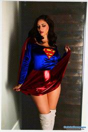 Carlotta Champagne Supergirl 00