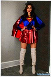 Carlotta Champagne Supergirl 08