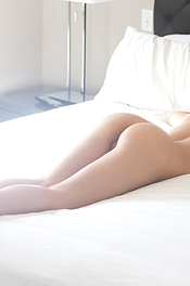 Cassidy Cole Gets Naked In Her Bed 02
