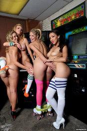 Gamer Girls XXX 03