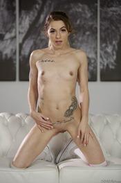 Tight Sweet Teen Pussy: Alana Summers 03