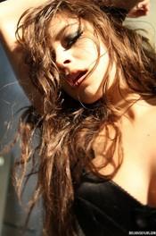 Beauty Brunette Nina James  02