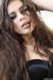 Beauty Brunette Nina James  08