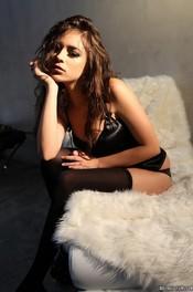 Beauty Brunette Nina James  12