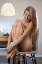 Merry Girl Patritcy Nude In The Dining Room 01