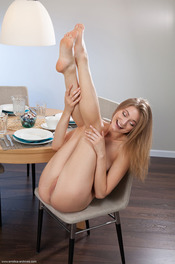 Merry Girl Patritcy Nude In The Dining Room 05