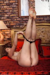 Beautiful Brunette Girl Bella Libre Spreads Her Legs 02