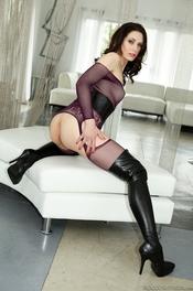 Sarah Shevon And Dahlia Sky Sexslaves 03