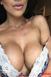 Anna Rose Perfect Selfies 02