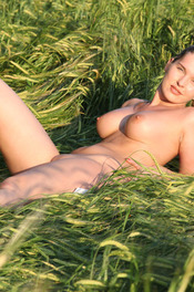 Busty Fitness Girl Stasia Gets Nude On A Field 15