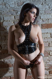 Valentina Nappi In Restraint 01