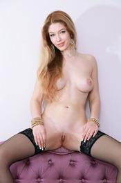 Russian starlet Genevieve Gandi looks absolutely stunning 20
