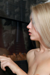 Ravishing Russian babe Genevieve Gandi  14