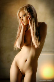 Brea Bennett Naked Blondie 09