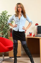 Blonde Secretary In Blue Stockings 00