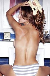Hot Playboy Amateur Julliet Bordeaux 02