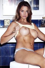 Hot Playboy Amateur Julliet Bordeaux 14