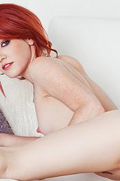 Beauty Redhead Playboy Amateur Elle Alexandra 14