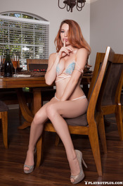 Hot Ginger Playboy Girl Caitlin McSwain 00