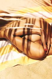 Sun-kissed Samantha Taran 03