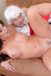 Sexy MILF Pornstar Nikki Capone Fucks With Santa 11