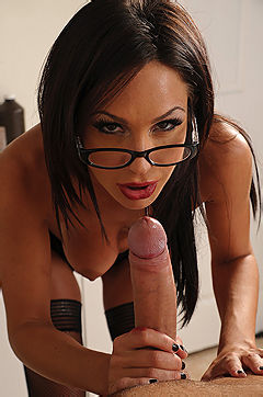 Kirsten Price Sucks Her Patients Cock