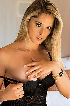 Nasty Blonde Rafaela