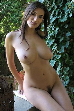 Busty Verena