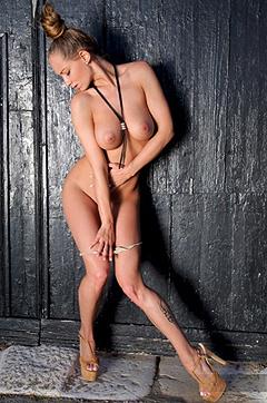Busty Vivien Strips