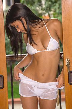 Denise String