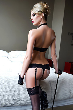 Sexy Kenna James