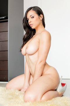 Horny Bitch Nekane