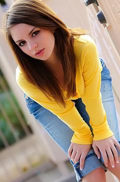Aspen Rae In Yellow