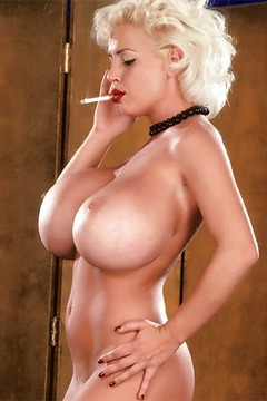 Sarenna Lee Big Boobed Blonde