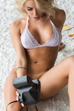 Caroline Junqueira Via Bella Club