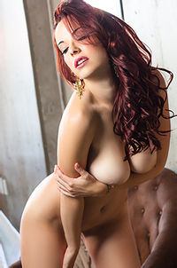 Beauty Playboy Cybergirl Elizabeth Marxs