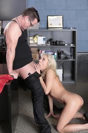 Katie Morgan Busty Blonde Bitch Gets Fucked 02